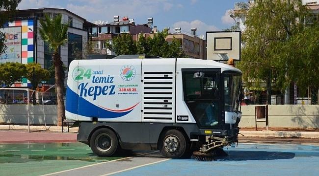 Kepez Belediyesi Okulları Temizledi