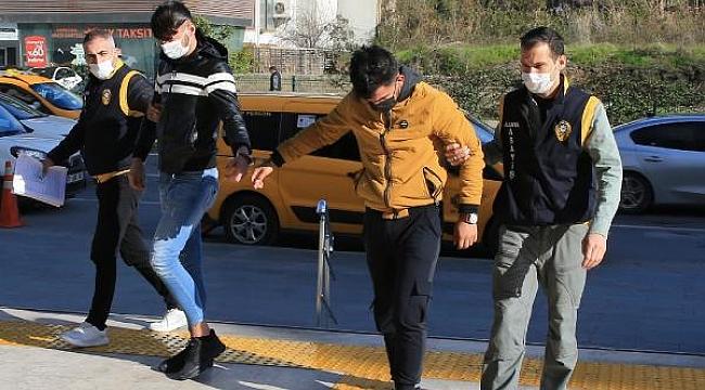 Çaldıkları Motosikletleri Almaya Gelen Hırsızlar Kıskıvrak Yakalandı
