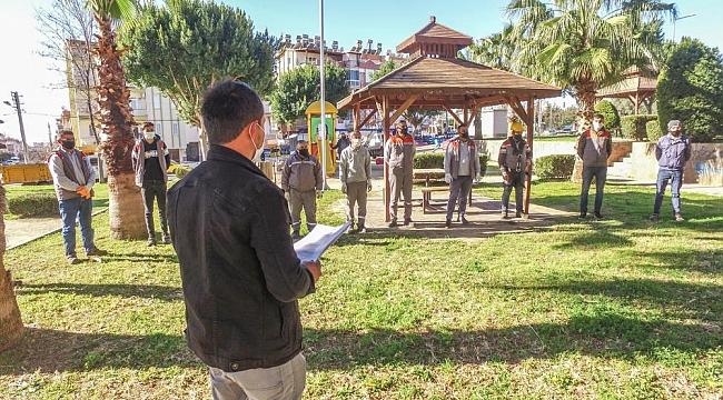 Kepez'de Belediye Çalışanları Güne Güvenle Başlıyor
