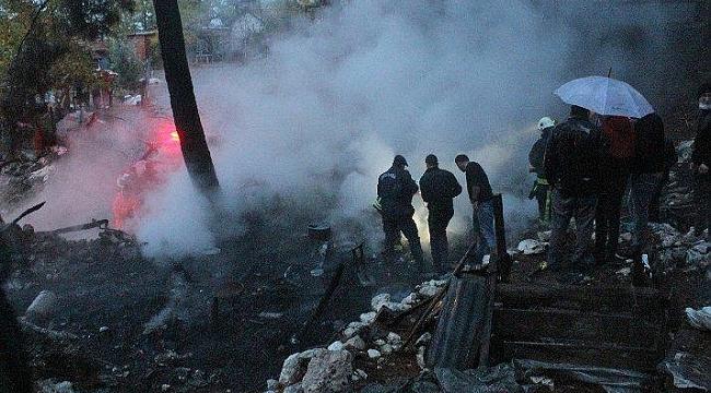 Antalya Kemer'de Çıkan Yangın Bastırıldı